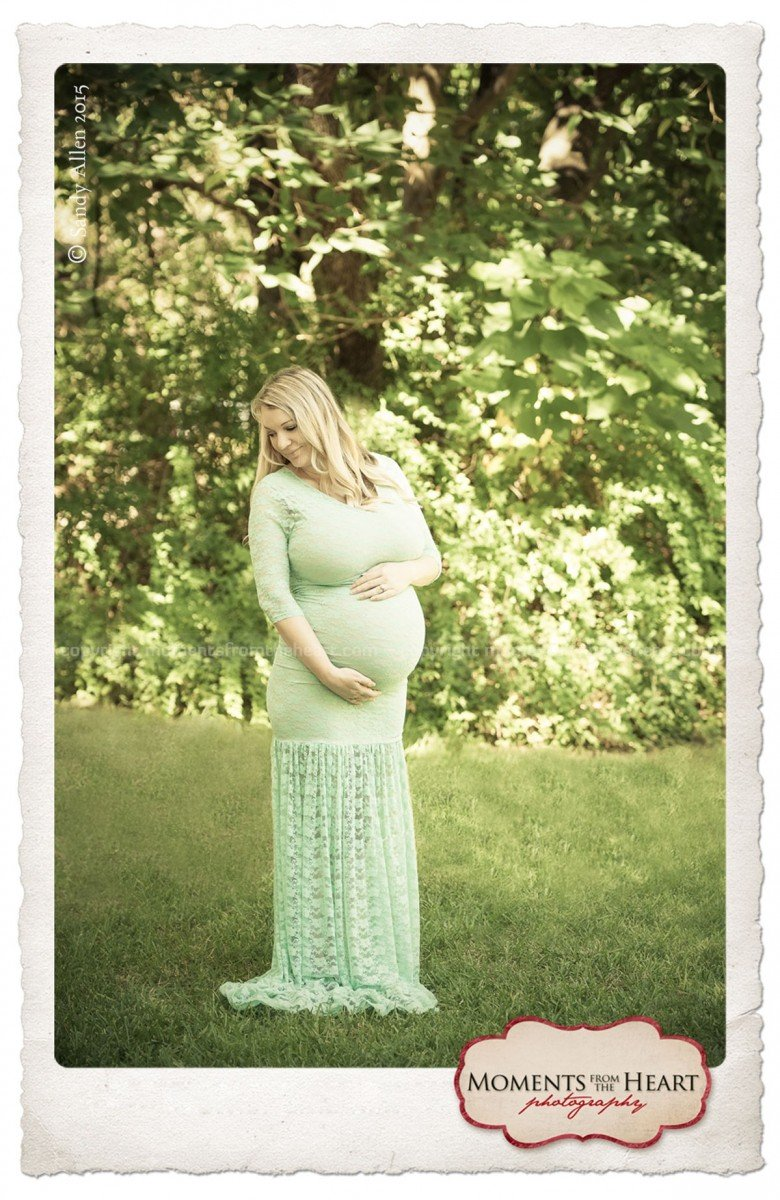 Austin Outdoor Maternity Photo Shoot
